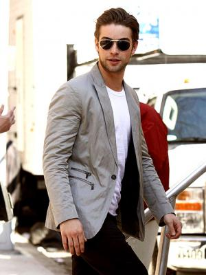 20100607130153-chace-crawford-435.jpg