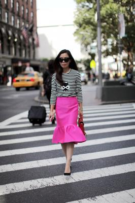 20130913233133-halliedaily-striped-top-and-pink-skirt-6.jpg