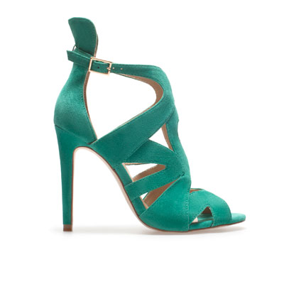 sandalias verdes de zara