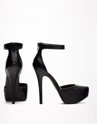 zapato plataforma de bershka